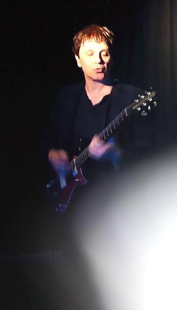 Guitarist Sandy