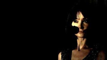 Singer Nikki
